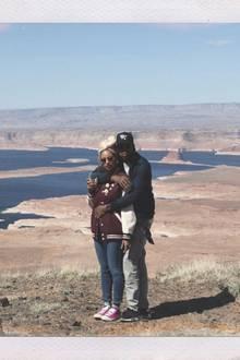Mit dem Hubschrauber ist das Traumpaar am Grand Canyon in Arizona gelandet...
