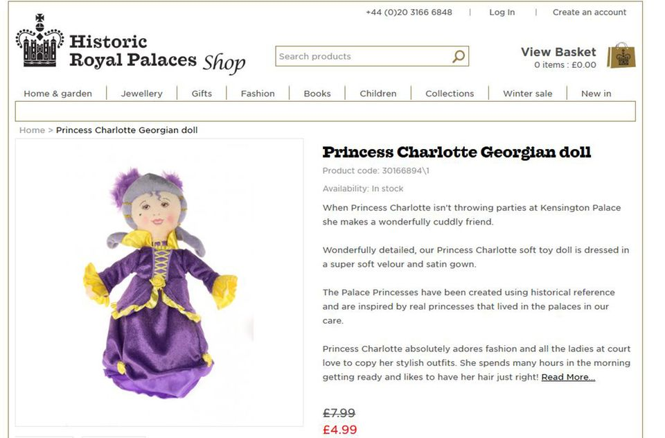 Die Prinzessin-Charlotte-Puppe aus dem Palastshop hat keinerlei Ähnlichkeit zur realen Prinzessin von Cambridge.