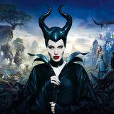 """Ostermontag 20:15 Uhr auf RTL: Maleficent - Die dunkle Fee  Das Grimm'sche Märchen """"Dornröschen"""" ist ein echter Klassiker und zählt zu den beliebtesten Kindergeschichten der Welt. Angelina Jolie spielt hier die gefürchtete dunkle Fee, die durch die Liebe der herzensguten Aurora ihre Erlösung erfährt."""
