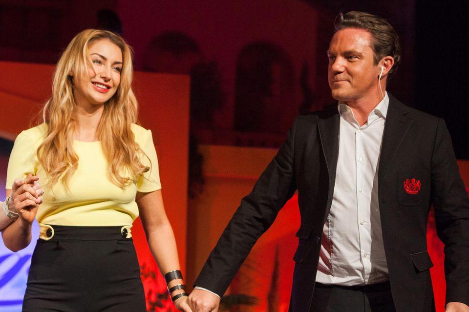 """Anna-Carina Woitschak und Stefan Mross bei """"Immer wieder sonntags"""""""
