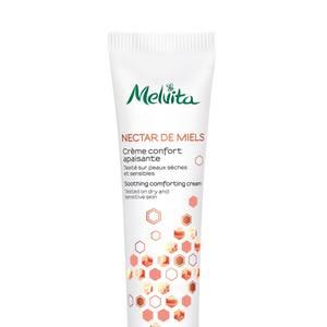 """Auf die Heilkraft von Honig setzt Melvita auch in der neuen """"Nectar de Miels""""-Gesichtspflegelinie: Insbesondere Thymianhonig repariert sogar die sensibelste trockene Haut und spendet ihr Feuchtigkeit. """"Beruhigende Pflegecreme"""", 40 ml, ca. 30 Euro, in Apotheken."""