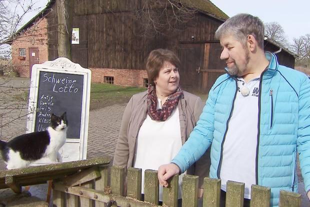 """Uwe und Iris von """"Bauer sucht Frau""""."""