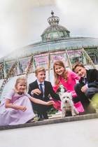 14. April 2017  Prinzessin Eléonore, Prinz Emmanuel,Prinzessin Elisabeth undPrinz Gabriel posieren bei der Eröffnung der königlichen Gewächshäuser von Schloss Laken in Brüssel. Die kleine PrinzessinEléonore