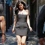 Im knappen, schwarzen Bustier-Dress zieht Kylie bei ihrem Besuch des Snapchat-Hauptquartiers alle Blicke auf sich.