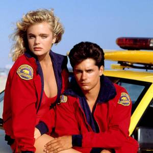 Erika Eleniak mit Filmpartner Billy Warlock
