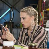 """Auch als Schauspielerin ist LaFee erfolgreich. Seit dem Jahr 2014 spielt sie die Rolle der """"Iva Lukowski"""" in der RTL-Soap """"Alles was zählt""""."""