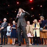 Königstag 2017  Von der Bühne aus richtet der König seines Dankesworte an alle, die nach Tilburg gekommen sind zum Gratulieren und Feiern.