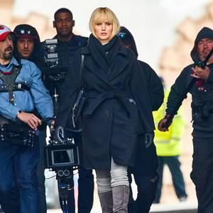 """29. April 2017  Sie ist zurück vor der Kamera: In Wien dreht Jennifer Lawrence für den Film """"Red Sparrow""""."""