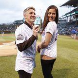 2. Mai 2017  Das sportliche Paar zu Besuch beim Baseballteam der Chicago Cubs. Bastian Schweinsteiger durfte sogar den Baseball werfen.