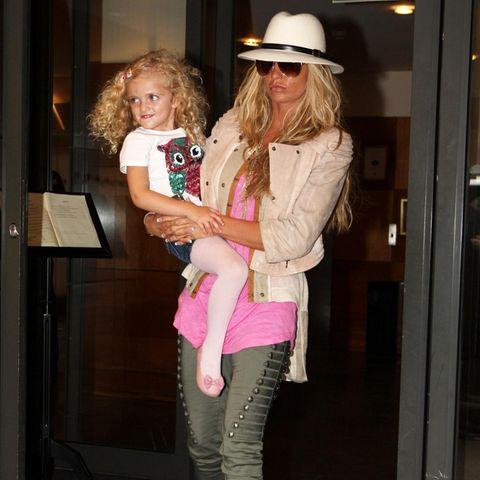 Katie Price (re.) + Tochter Princess