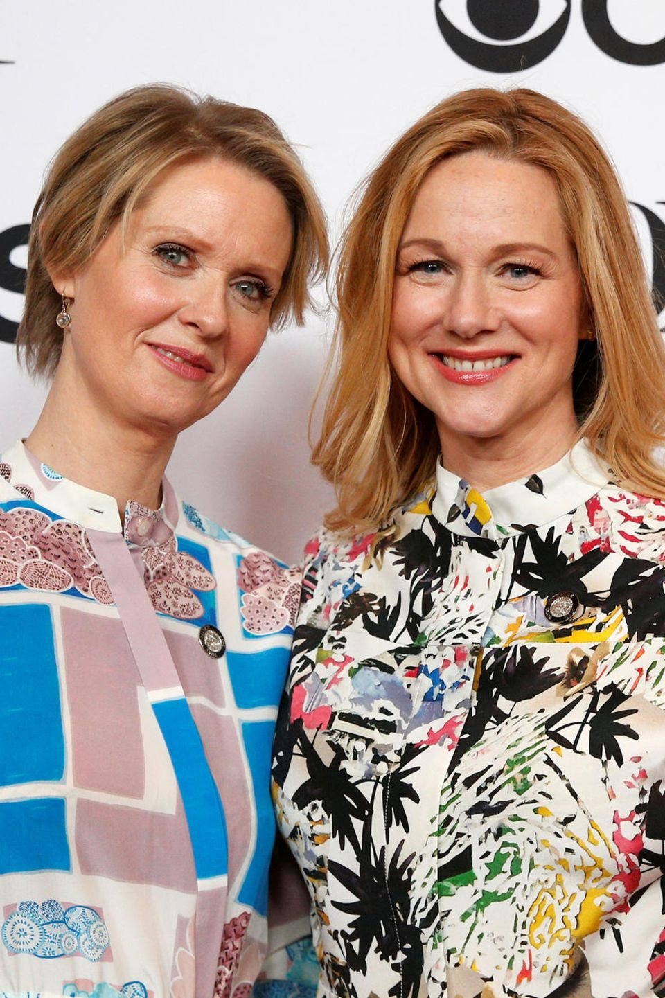 "3. Mai 2017  Cynthia Nixon und Laura Linney feiern gemeinsam bei der ""2017 Tony Awards Meet The Nominees Press Reception"" in New York."