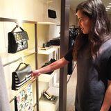"""""""Eine Frau kann nie genug Handtaschen haben"""", schreibt Ana unter dieses Bild. Wie so viele Frauen hat Ana ein Faible für schöne Accessoires."""