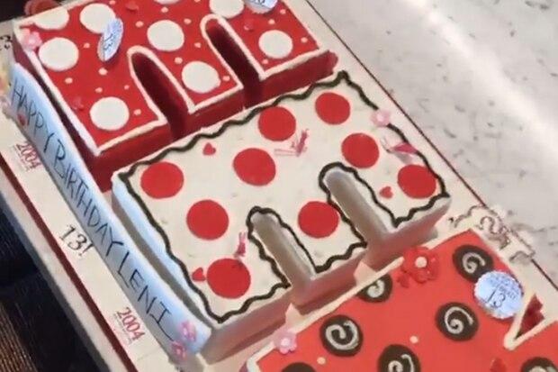 Leni Klum feiert am 4. Mai ihren 13. Geburtstag und ist damit offiziell ein Teenager. Mama Heidi und Papa Seal gratulieren mit einer Buchstaben-Torte.