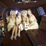 Mit Champagner stoßen Susan Sideropoulos und die anderen GZSZ-Girls auf 15 erfolgreiche Jahre an...