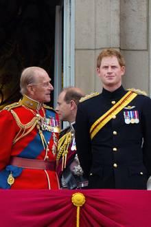 Prinz Philip, Prinz Harry, Herzogin Catherine + Prinz William