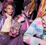 Da sind sich die Models von Marc Jacobs einig: Der Sommer steht auf Purple