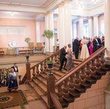 9. Mai 2017  Die royalen Gäste versammeln sich im Schloss vor dem Bankett.