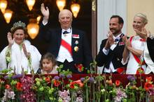 Königin Sonja, König Harald, Prinz Haakon, Prinzessin Mette-Marit