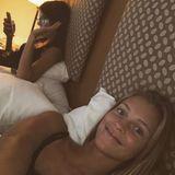 Die zwei sind mittlerweile so vertraut miteinander, dass sie sich nach einem Event sogar das Bett teilen.
