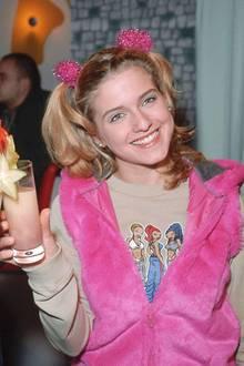Das Outfit von Jeanette wünsche ich mir! Das ist toll! Wie hießen denn diese Figuren nochmal? Fishbone! Ich hatte da auch so einen XXL-Pulli.