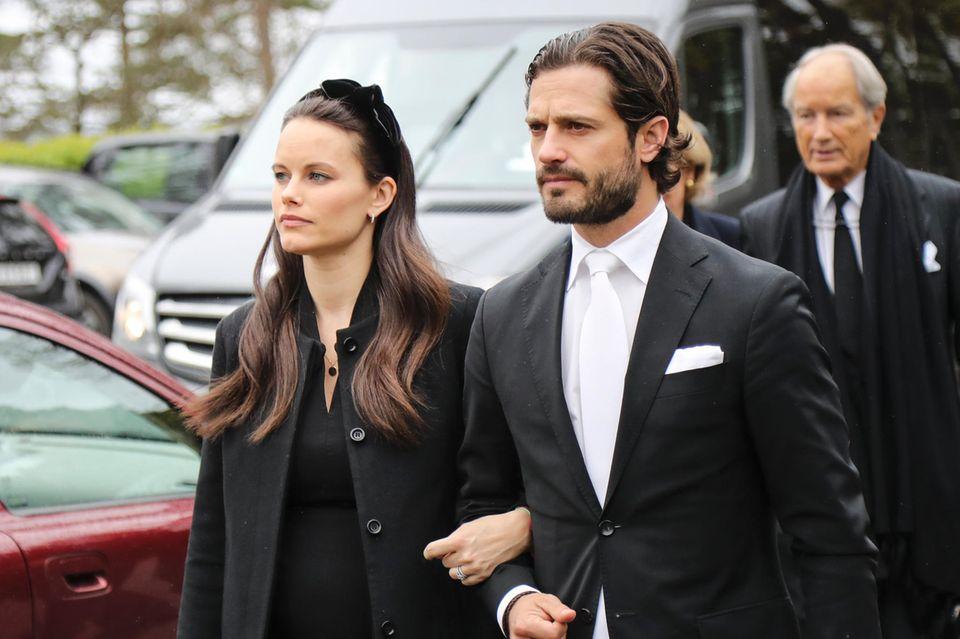 Prinzessin Sofia und Prinz Carl Philip nehmen Abschied von Baron Nicolas von Silfverschiöld