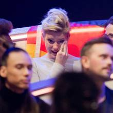 Levina kann ihre Tränen bei der Punktevergabe nicht zurückhalten, trotz guter Performance hat es auch dieses Jahr leider nicht gereicht. Deutschland belegt den vorletzten Platz.