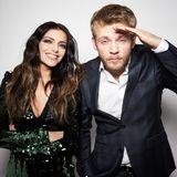 Anne Menden und Niklas Osterloh spielen in der Serie ein Paar, im echten Leben hat sich Niklas gerade erst mit seiner Freundin verlobt.