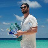 Chris Hemsworth hat einen Großteil seines Lebens rund um das salzige Nass verbracht. Es liegt nahe, dass der Hollywoodstar sich für Erhaltung der Ozeane einsetzt, in dem er Menschen auf die Gefährdung durch Plastikmüll aufmerksam macht.