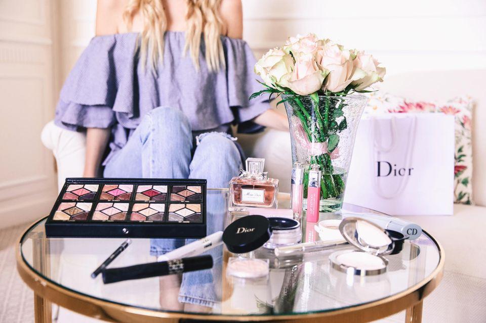 Wie wären auch gerne an Leonies Stelle im absoluten Dior Make-up Heaven!