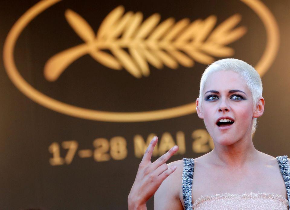 """Kristen Stewart rockt den roten Teppich: Die Schauspielerin nimmt an der Premiere von """"120 Beats Per Minute"""" teil."""
