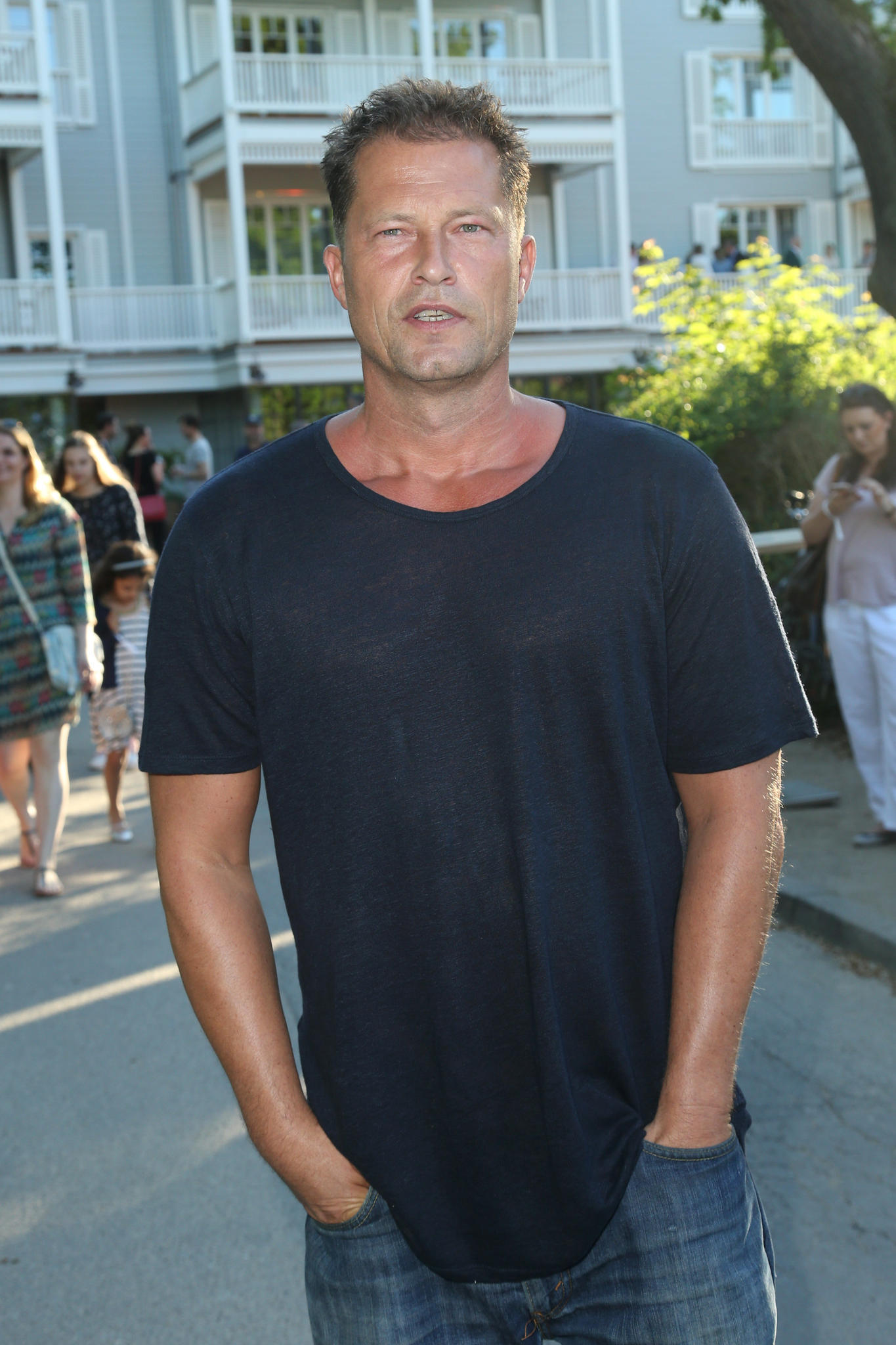 til schweiger er er ffnet barefoot hotel am timmendorfer strand. Black Bedroom Furniture Sets. Home Design Ideas