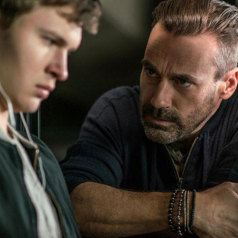 """Ansel Elgort und Jon Hamm in """"Baby Driver"""""""