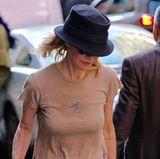 Oh je! Was für ein erschreckender Anblick von Meg Ryan. Der Hollywood-Star läuft inkognito und mit sehnigen, ausgemergelten Armen durch New York.