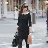 Office-Look á la Pippa Middleton: Im schwarz-weißen Kleid macht sie eine gute Figur.