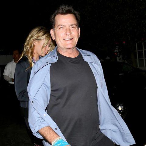 Charlie Sheen mit neuer Freundin Jools