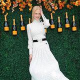 Nicole Kidmans romantisches Polka-Dot-Kleid weht schön im warmen New Yorker Sommerwind.