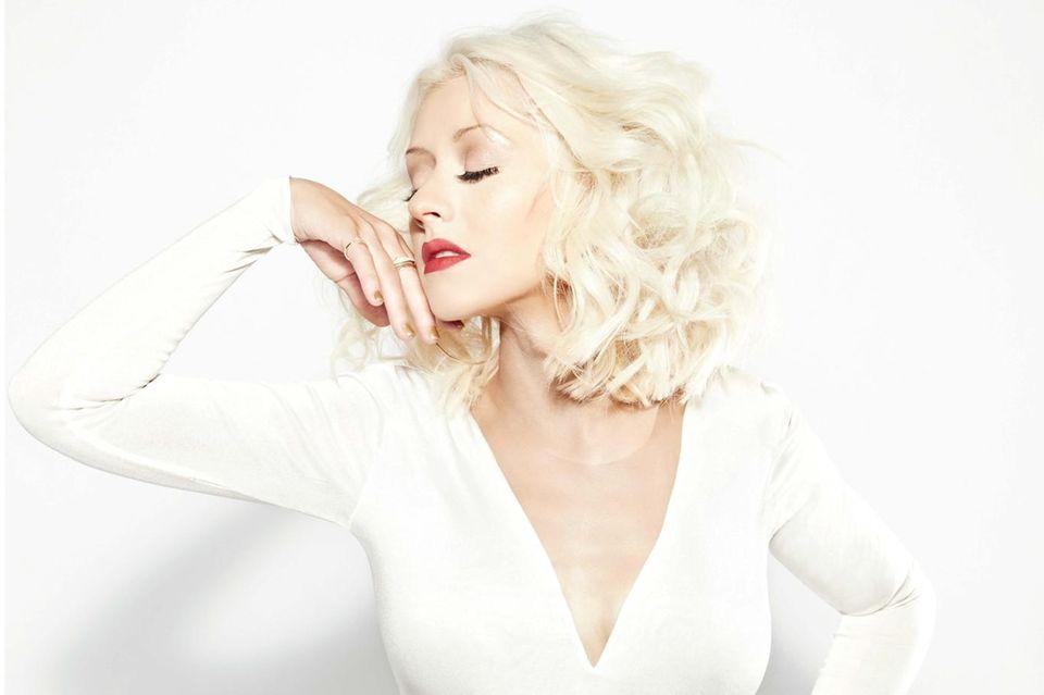 """Christina Aguileras Duft feiert in diesem Jahr sein zehnjähriges Jubiläum. Zu diesem Anlass gibt es jetzt """"Glam X"""", einen neuen Duft von Christina Aguilera Fragrances."""