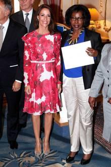 Nicht nur royal, sondern auch ein wenig von First Lady Melania Trump inspiriert, kann Prinzessin Marie sich wirklich sehen lassen.