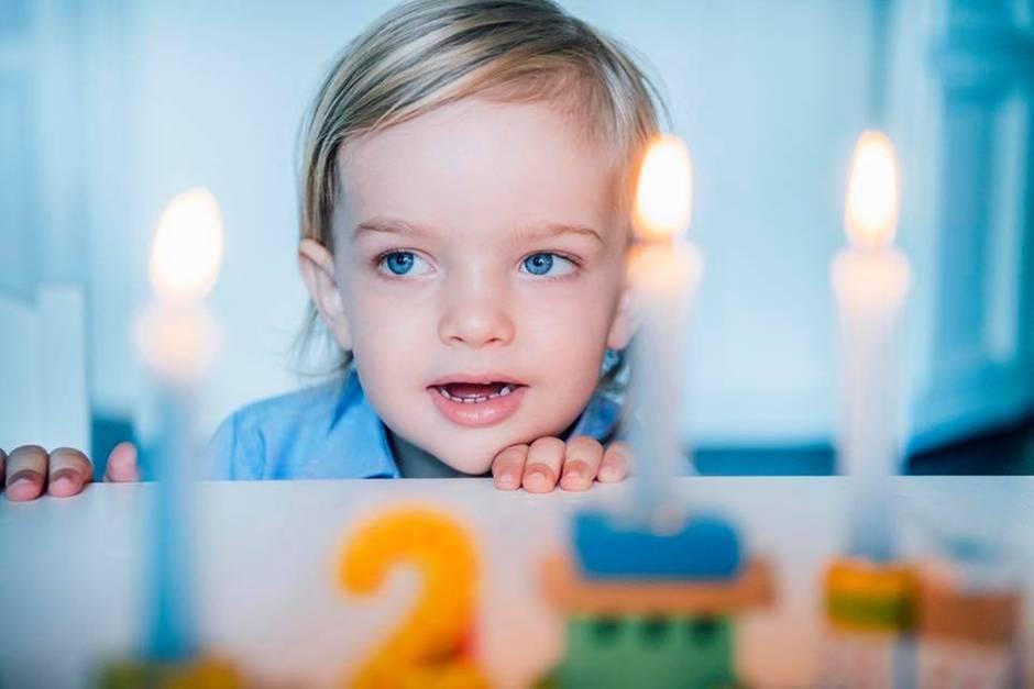 So süß ist Prinz Nicolas an seinem zweiten Geburtstag