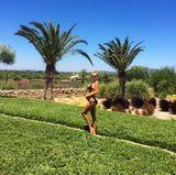 Im neunten Monat schwanger urlaubt Model Alena Gerber aktuell auf Mallorca und genießt die warmen Sonnenstrahlen auf ihrer Babykugel.