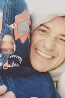 16. Juni 2017  Zum Vatertag gibt es natürlich viel Zeit für Quatsch mit Papa. Orlando Blooms Sohn Flynn freut sich riesig.