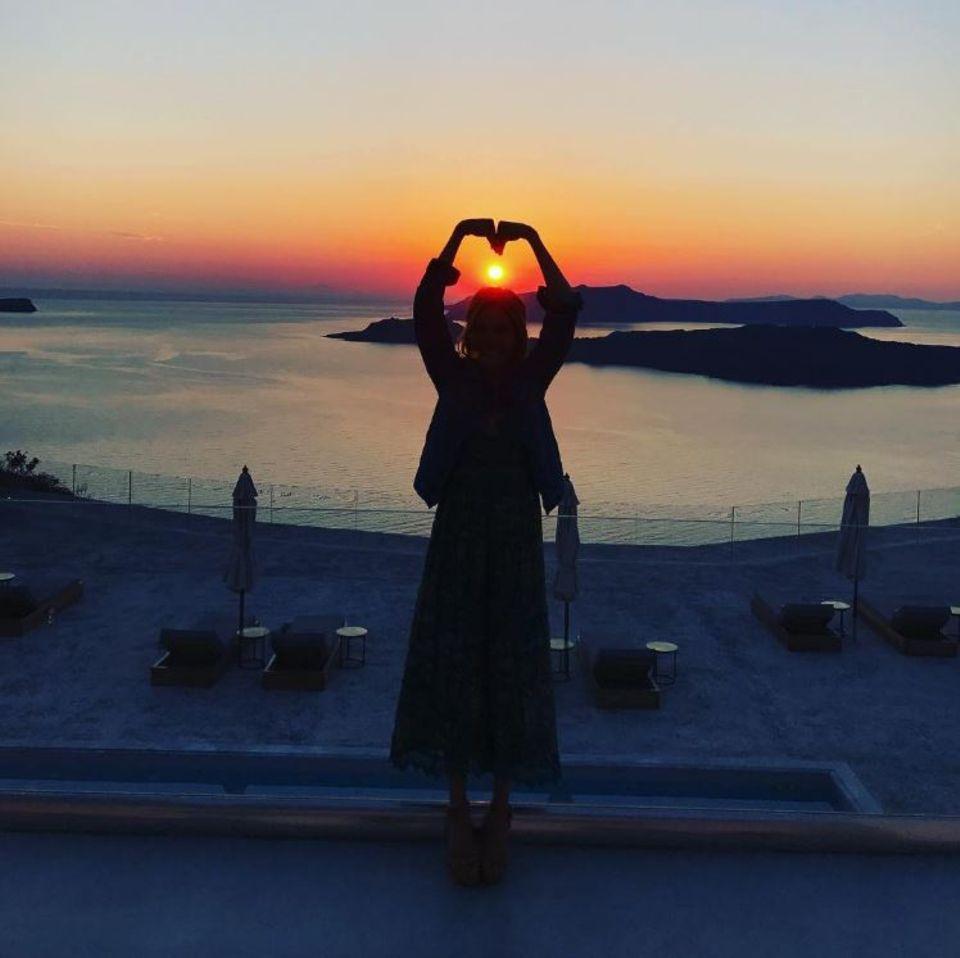 17. Juni 2017  Romantischer Sonnenuntergang: Ayda Field widmet dieses stimmungsvolle Foto ihrem Ehemann Robbie Williams.