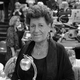 19. Juni 2017: Carla Fendi (79 Jahre)  Seit Langem soll die Modeschöpferin schon krank gewesen sein. Sie ist nun in Rom gestorben.Die Verstorbene ist eine der fünf Fendi-Schwestern, die das italienische Traditionshaus ab den 1960ern leiten und zur großen Weltmarke ausbauten.
