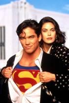 Superman - Die Abenteuer von Lois & Clark  Von 1993 bis 97 waren Dean Chain und Teri Hatcher ein Serien-Traumduo. 20 Jahre später treffen die Schauspieler sich in Sydney...