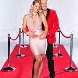 """Model und Sänger Nico Schwanz (39) und Ex-""""Bachelor""""-Kandidatin Saskia Atzerodt (25)."""