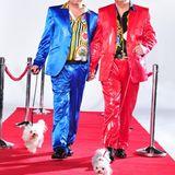 """Das bunte und schrille """"Hot der Schrott""""-TV-Paar aus Bayern: Hubert Fella (49, r.) und Matthias Mangiapane (34)."""