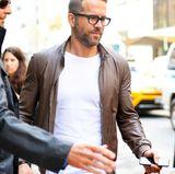 Ryan Reynolds ist der Beweis, dass Männer mit Brille sehr sexy sein können.