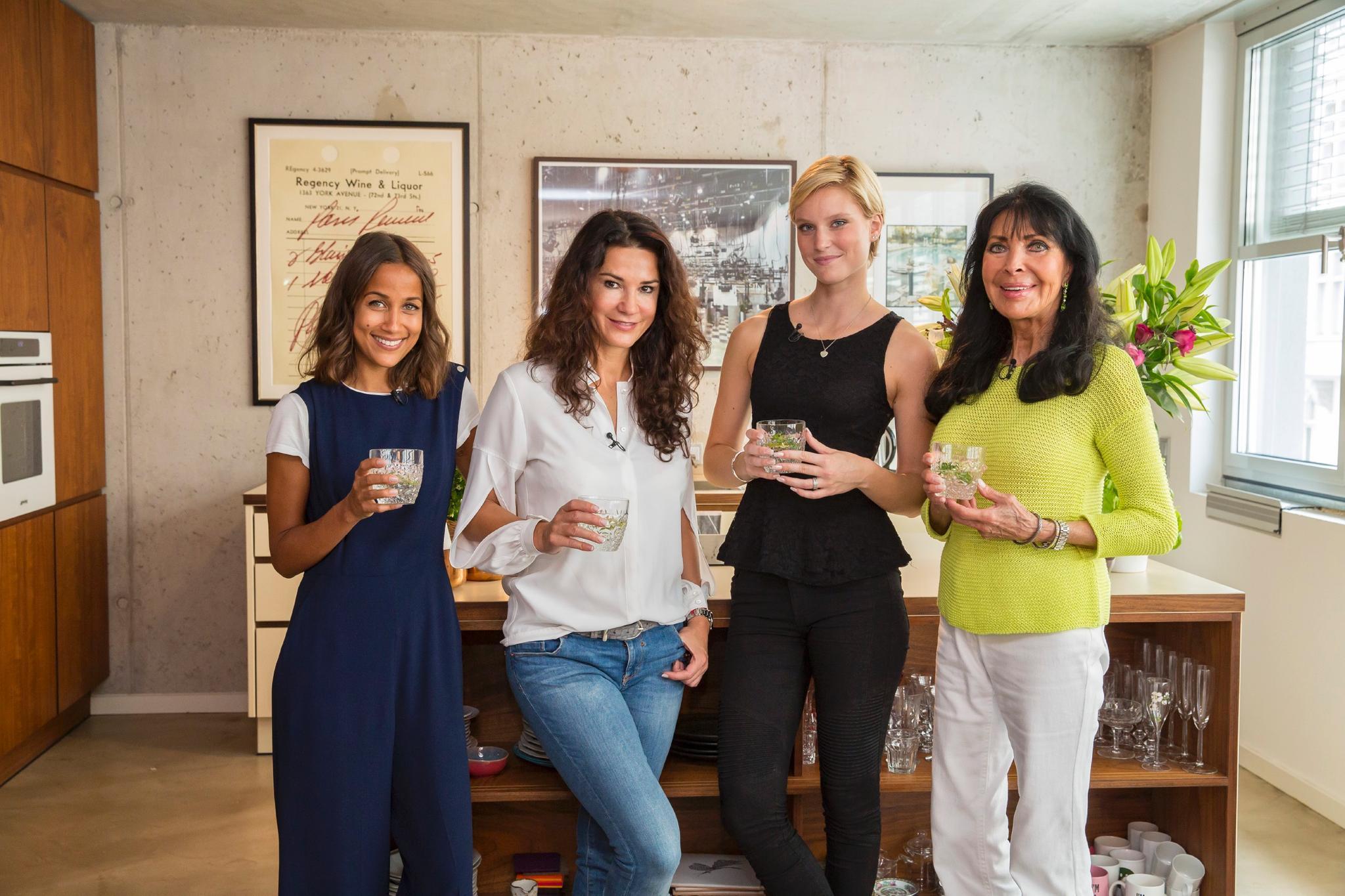 Rabea Schif, Mariella Ahrens, Kim Hnizdo + Dunja Rajter