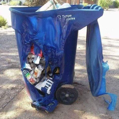 Mülltonnen schmelzen