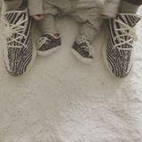 28. Juni 2017  Wie der Vater so der Sohn - auf Instagram zeigt Liam Payne, dass er und Söhnchen Bear jetzt schon den gleichen Style haben. Sie tragen die angesagten Yeezys im Partnerlook.